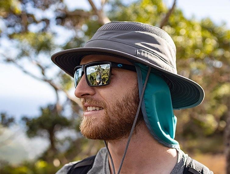 暑い時期におすすめ。首の後ろを紫外線から保護できる商品のご紹介
