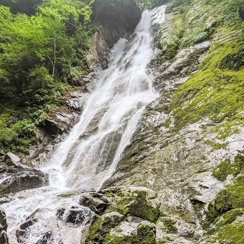 今シーズン9回目の沢登り!西丹沢にある50mの大滝の登攀をやってきました