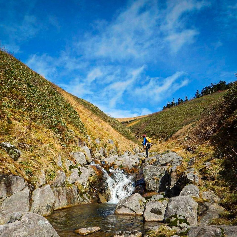 以前行った米子沢。秋には紅葉、景観を楽しめます