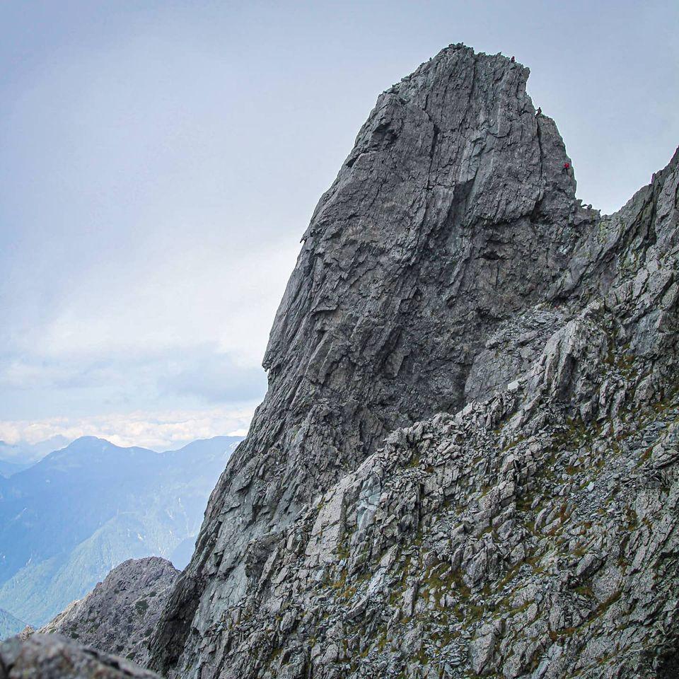 槍ヶ岳を登頂したあと、熱も冷めやらぬ内に小槍の登攀へ行きましたが…