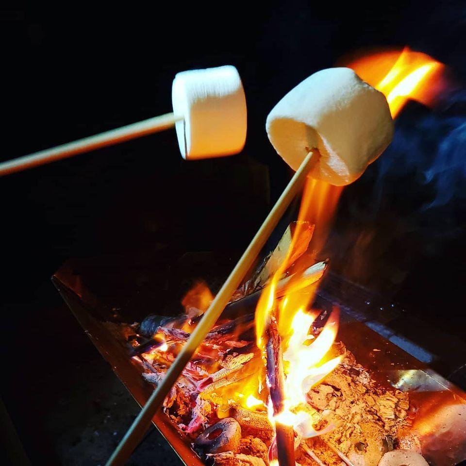 ソロキャンプから、数人で使える焚き火台など販売中!