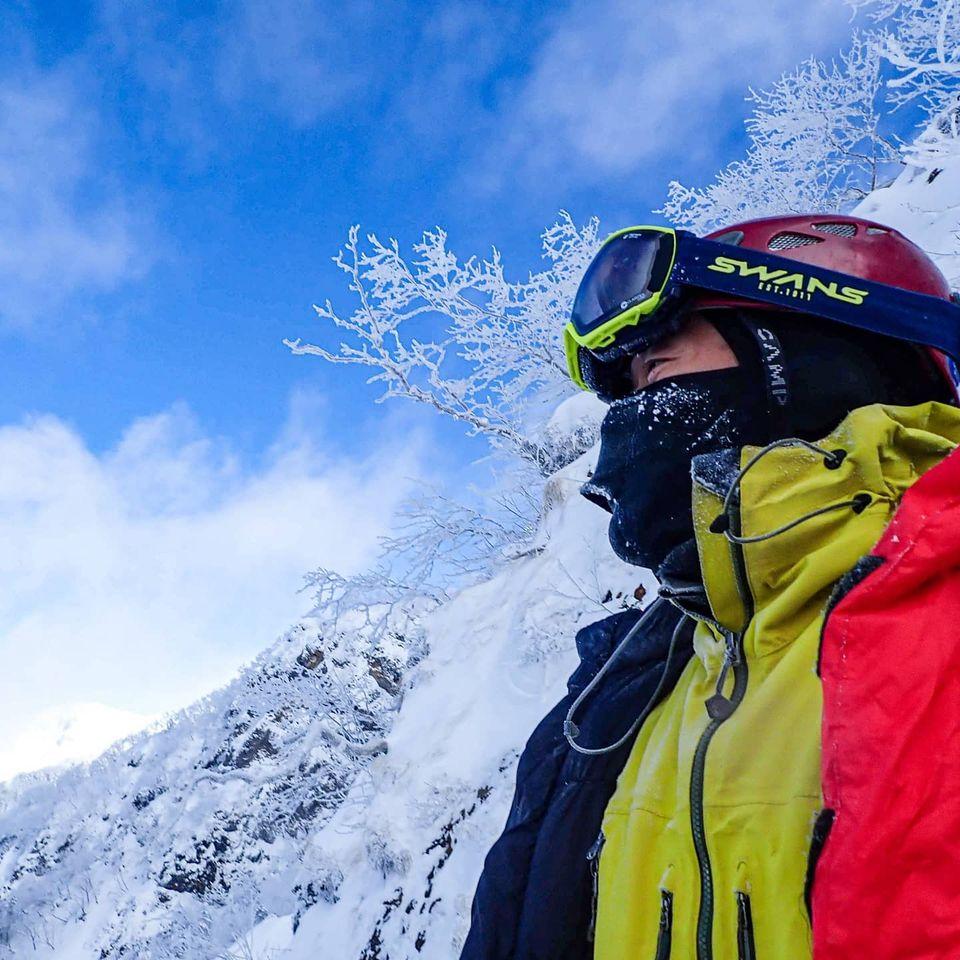 雪山でゴーグルが曇ってしまうストレスを解消してくれるゴーグルのご紹介