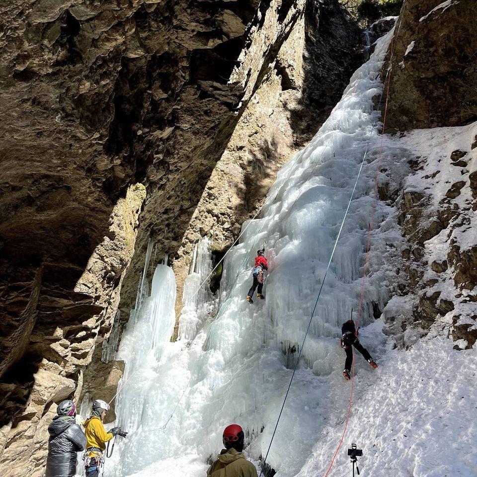 醤油樽の滝でアイスクライミングをしてきました