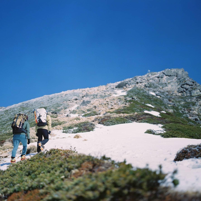 先日のお休みに仲間と天狗岳へ行ってきました