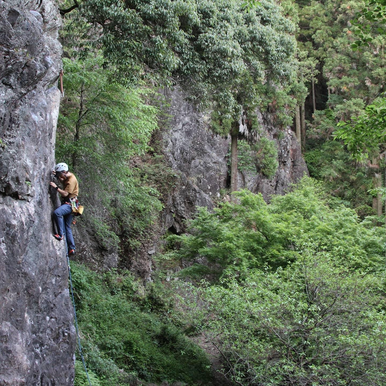 古賀志山でクライミングをしてきました