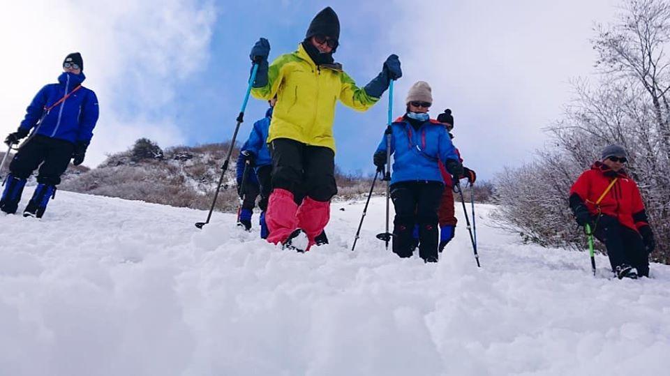 山の講習会冬山編の『雪上歩行講習会』を行いました。