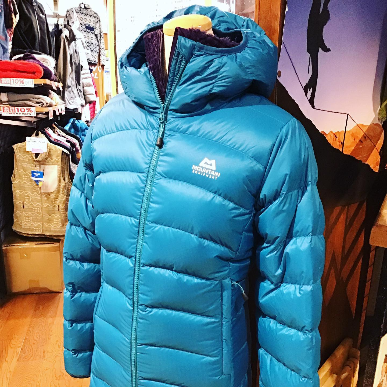 冬の防寒着に欠かせないダウンジャケットのご紹介