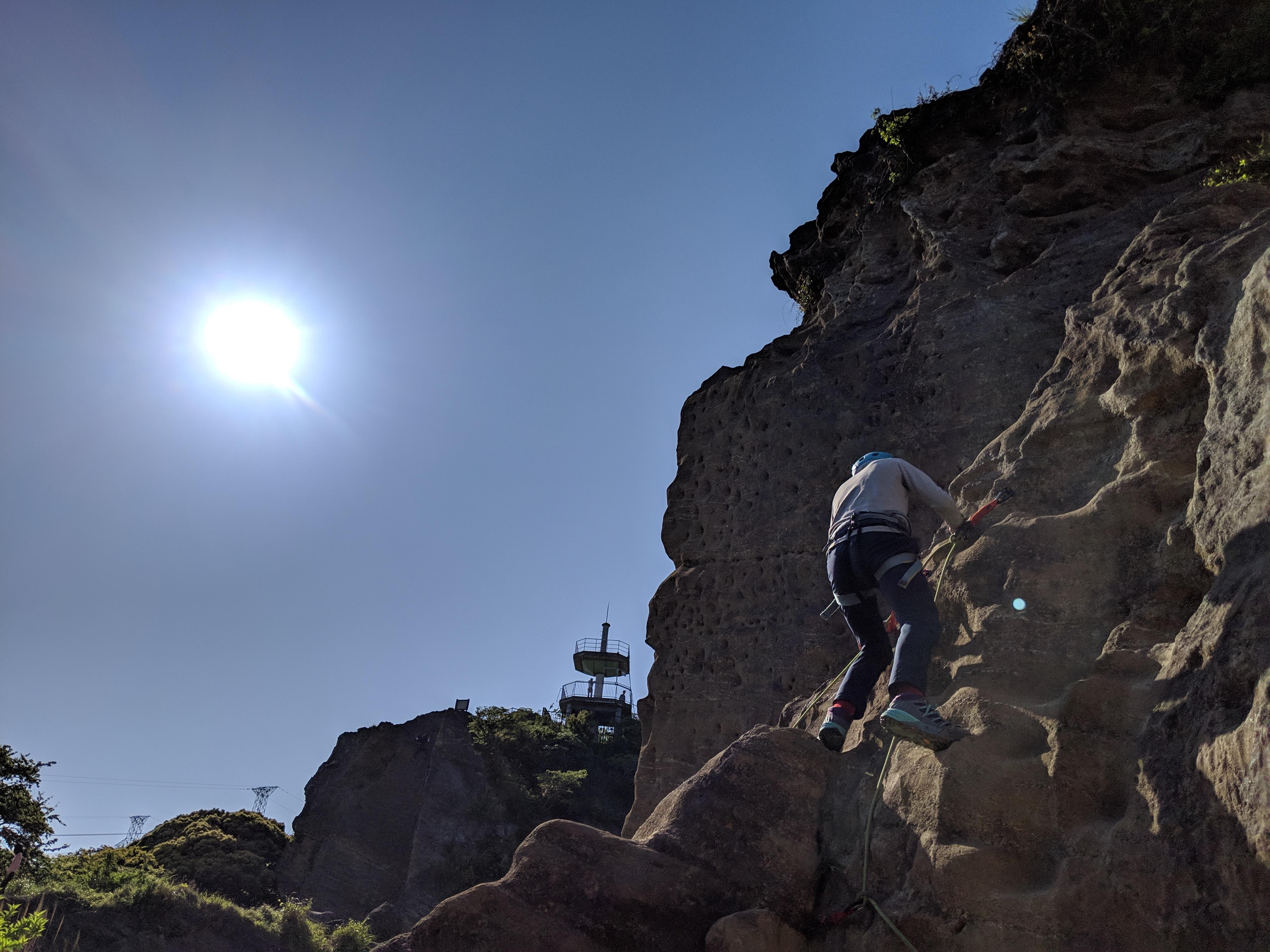 【キャンセル待ち】2020.4.18 山の講習会 ≪フィールドトレーニング≫F4 岩場・鎖場通過 鷹取山